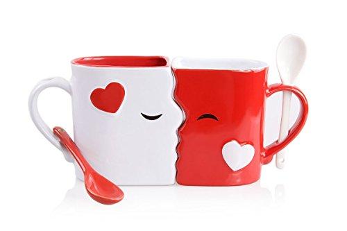 Blu Devil Küssende Tassen Set | Exquisites Zwei große Tassen, 1 rote, 1 weiße, Jede mit passendem Löffel, Wunderschöne Geschenkbox zum Valentinstag, Jubiläum, Weihnachten oder jederzeit