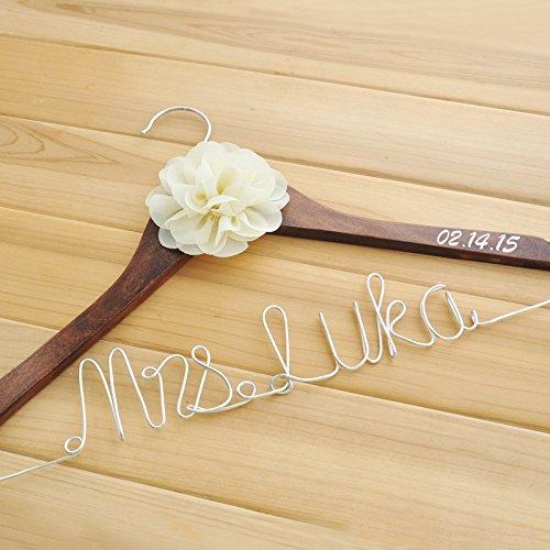 Mylifemylove Hochzeits-Kleiderbügel für Braut-Namen, für Brautkleider, personalisierbar Ländlich rustikal braun