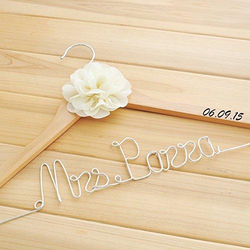 Mylifemylove Hochzeits-Kleiderbügel für Braut-Namen, für Brautkleider, personalisierbar Ländlich rustikal natürliches holz