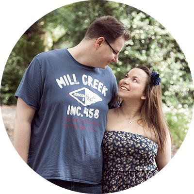 Foto von Sandra und Jan, die beiden Autoren von dem Hochzeitsblog Liebe zur Hochzeit
