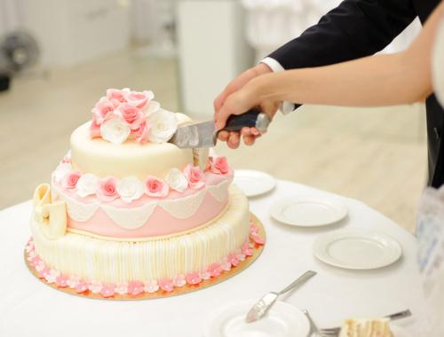 100 Fotos von Hochzeitstorten mit Wow-Effekt