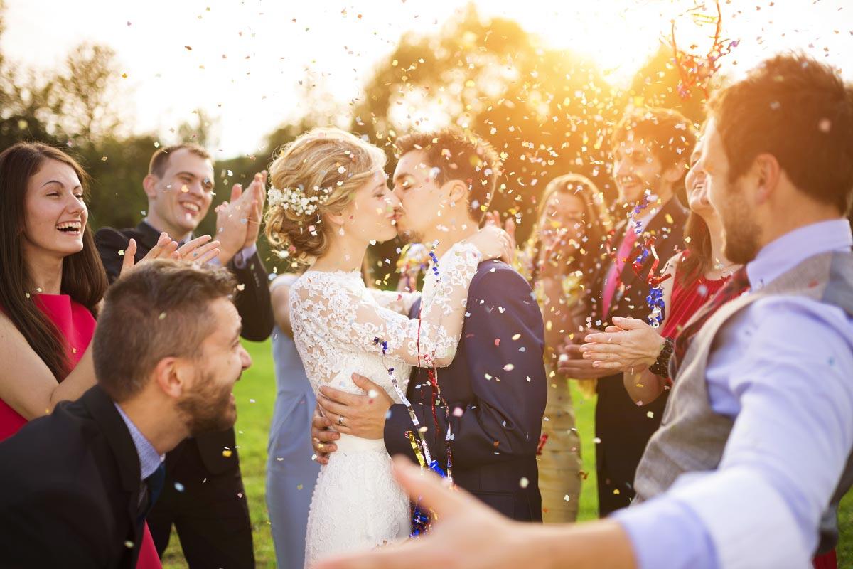 Beschäftigung für die Gäste zwischen Trauung und Hochzeitsfeier