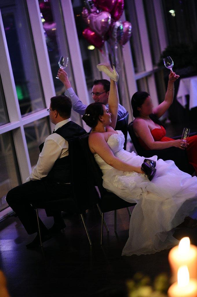 Das Fragen-Übereinstimmungsspiel für Braut und Bräutigam bei der Hochzeit / Hochzeitsfeier
