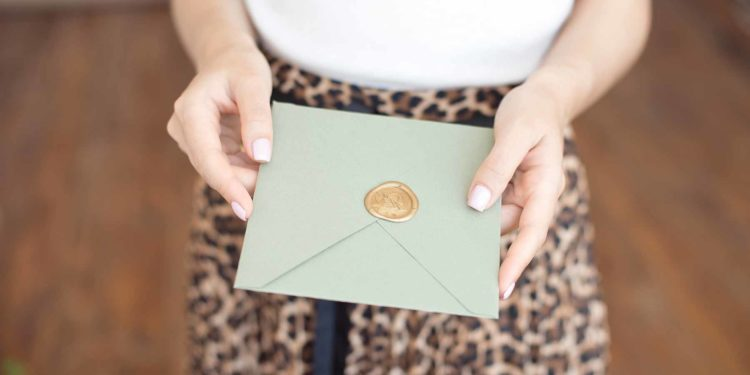 Einladungsliste für die Hochzeit erstellen