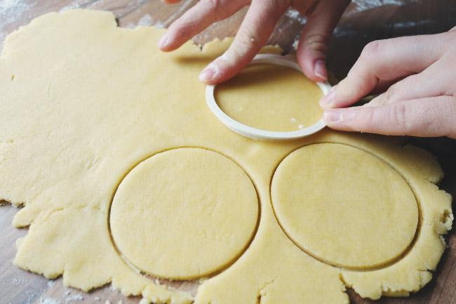 Personalisierte Kekse als Gastgeschenk für die Hochzeit Bild 1