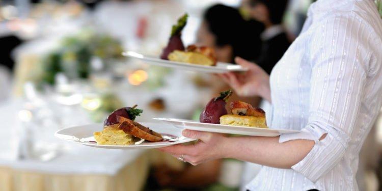 Ein Menü oder lieber ein Büffet zur Hochzeit / Hochzeitsfeier?