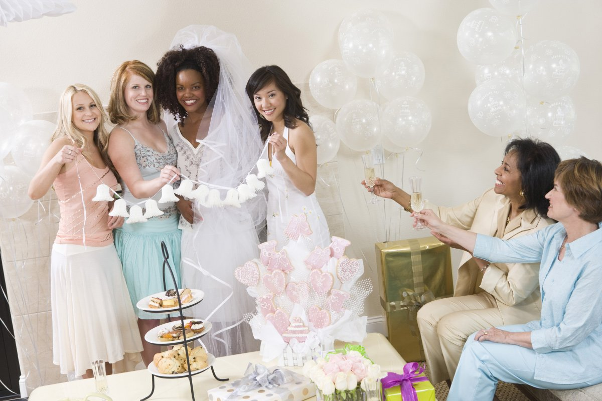 Bridal Shower, Bachelorette Party oder Braut-Party