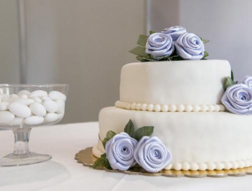 Inspiration für die Dekoration der Hochzeitstorte