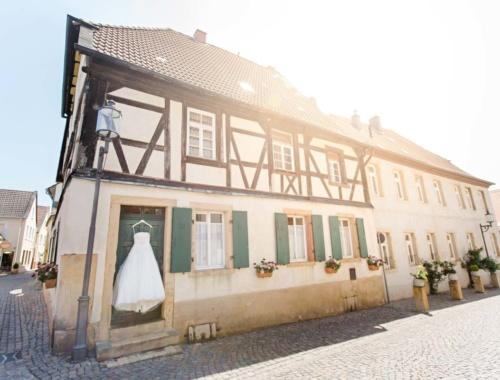 Die kirchliche Hochzeit von Anna und Rüdiger mit Hochzeitsfeier im Ketschauer Hof in Deidesheim