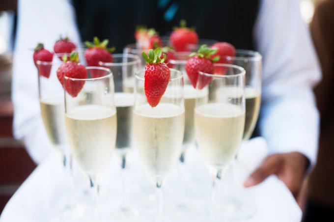 Der Sektempfang bei der Hochzeit