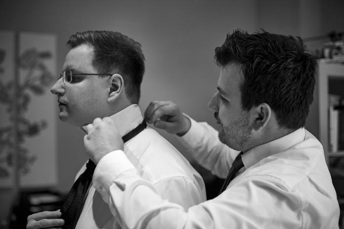 Getting Ready vom Bräutigam bei der eigenen Hochzeit Bild 4