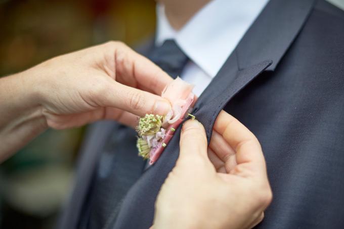 Getting Ready vom Bräutigam bei der eigenen Hochzeit Bild 7
