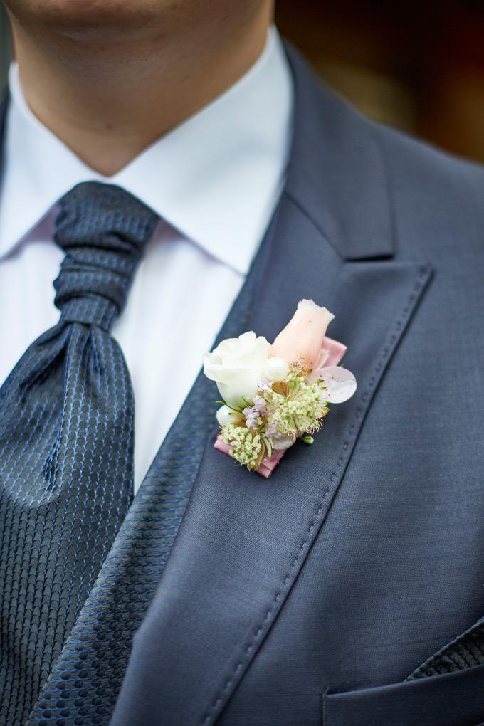Getting Ready vom Bräutigam bei der eigenen Hochzeit Bild 8