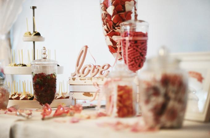 Candybar /Sweet Table auf unserer Hochzeit Bild 2
