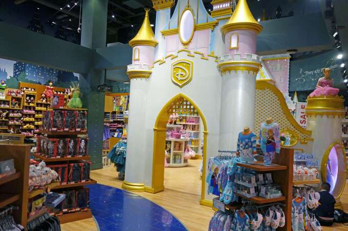 Disney-Store-New-York-City-Bild3