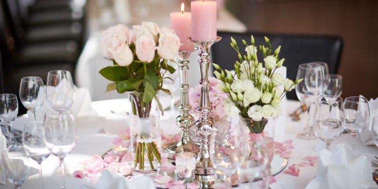 Tischdekoration für die Hochzeit selber gestalten