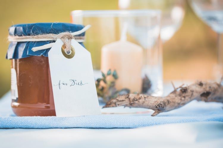 a-promise-of-summer-breeze41-Hochzeit-Gastgeschenk