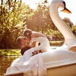 Engagement-Fotoshooting mit Schwan