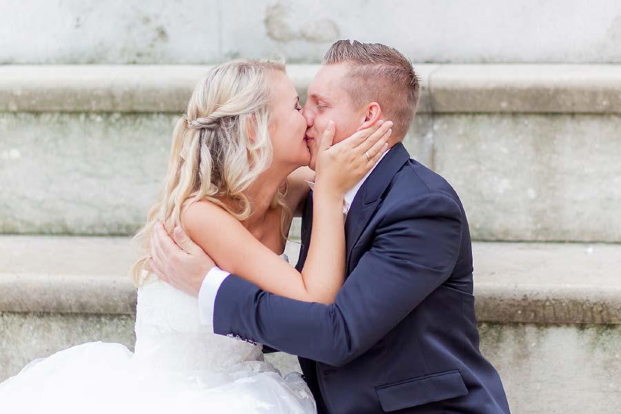 Fotoshooting mit Braut und Bräutigam