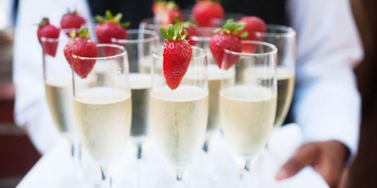Wie teuer werden die Getränke bei der Hochzeit und wie viel wird wirklich getrunken?
