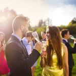 Das richtige Outfit als Hochzeitsgast