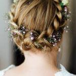 20 Beispiele für Schleierkraut im Haar der Braut