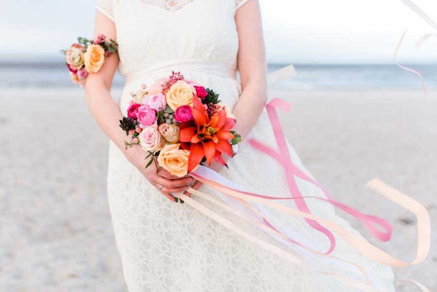 Babybauch-Hochzeit-Brautkleid-Nordsee-Sandra-Huetzen-47