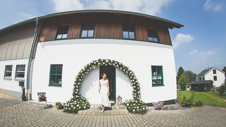 Die-Gartenhochzeit-von-Barbara-und-Alex-mit-Hochzeitsfotograf-Vivid-Symphony-12