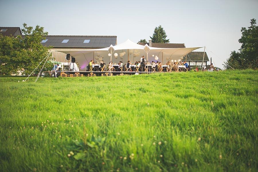 Die-Gartenhochzeit-von-Barbara-und-Alex-mit-Hochzeitsfotograf-Vivid-Symphony-33