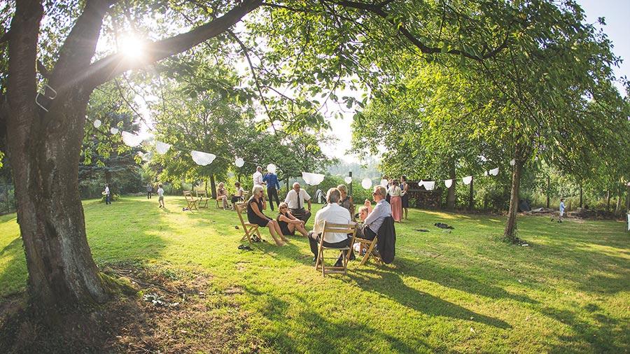 Die-Gartenhochzeit-von-Barbara-und-Alex-mit-Hochzeitsfotograf-Vivid-Symphony-35