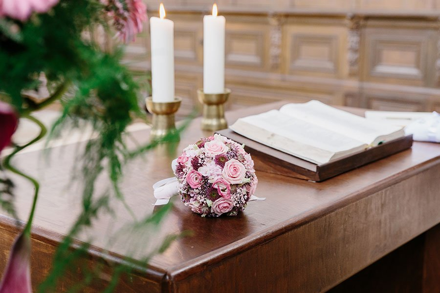 Der Brautstrauß von Miriam in Altrosa