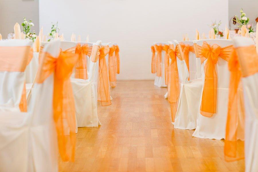 Die Rustikale Hochzeit In Orange Von Karolin Michael