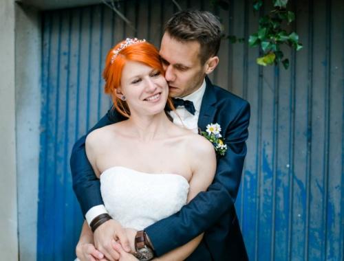 Eine nachtblaugelbe Hymne an die Liebe – Hochzeit von Astrid & Paul