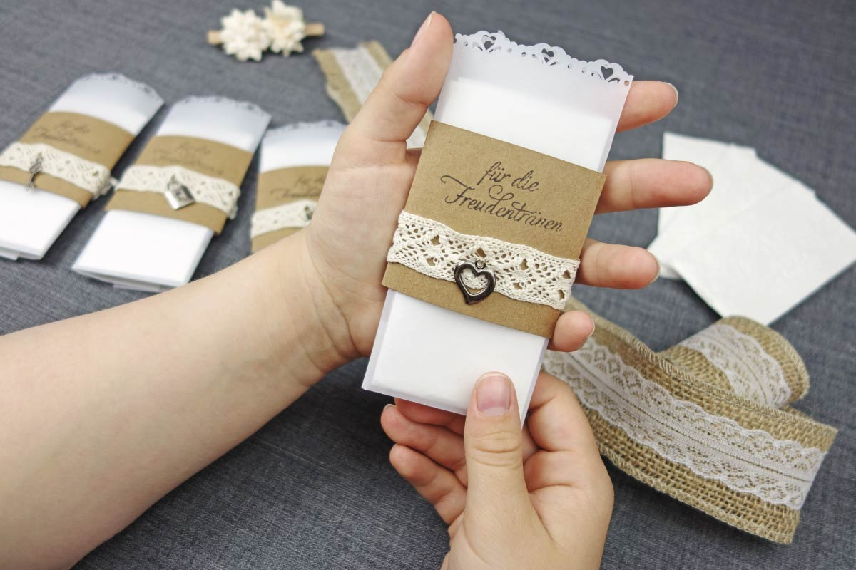 Freudentranen Taschentucher Zur Hochzeit Im Vintage Look Basteln