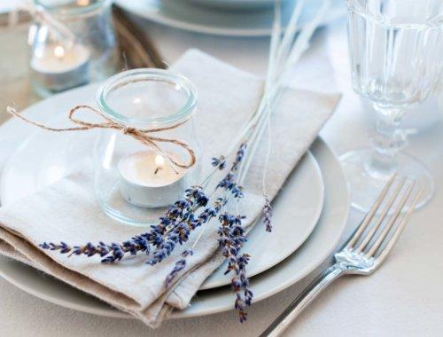 20 eindrucksvolle Beispiele für Tischgedecke bei der Hochzeit