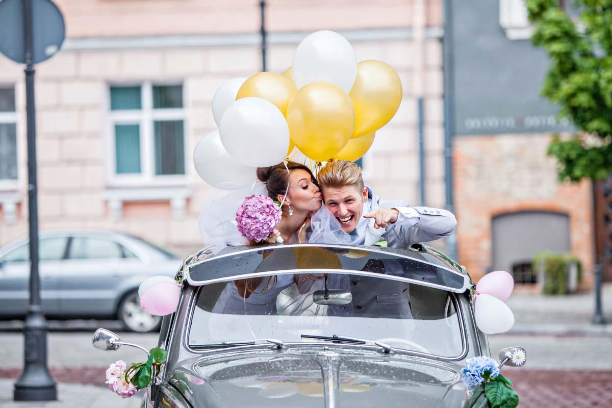 Günstiger Autoschmuck für den Tag der Hochzeit bei Amazon