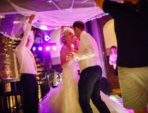 Schleiertanz bei der Hochzeit: So läuft es ab!
