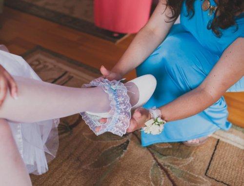 Strumpfbandversteigerung bei der Hochzeit: So läuft es ab!