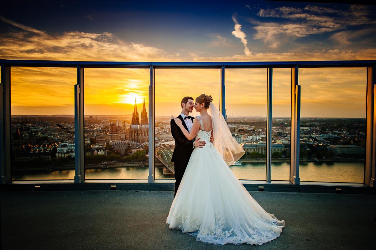 Heiraten über den Dächern von Köln – Die Hochzeit von Natalie & Manuel