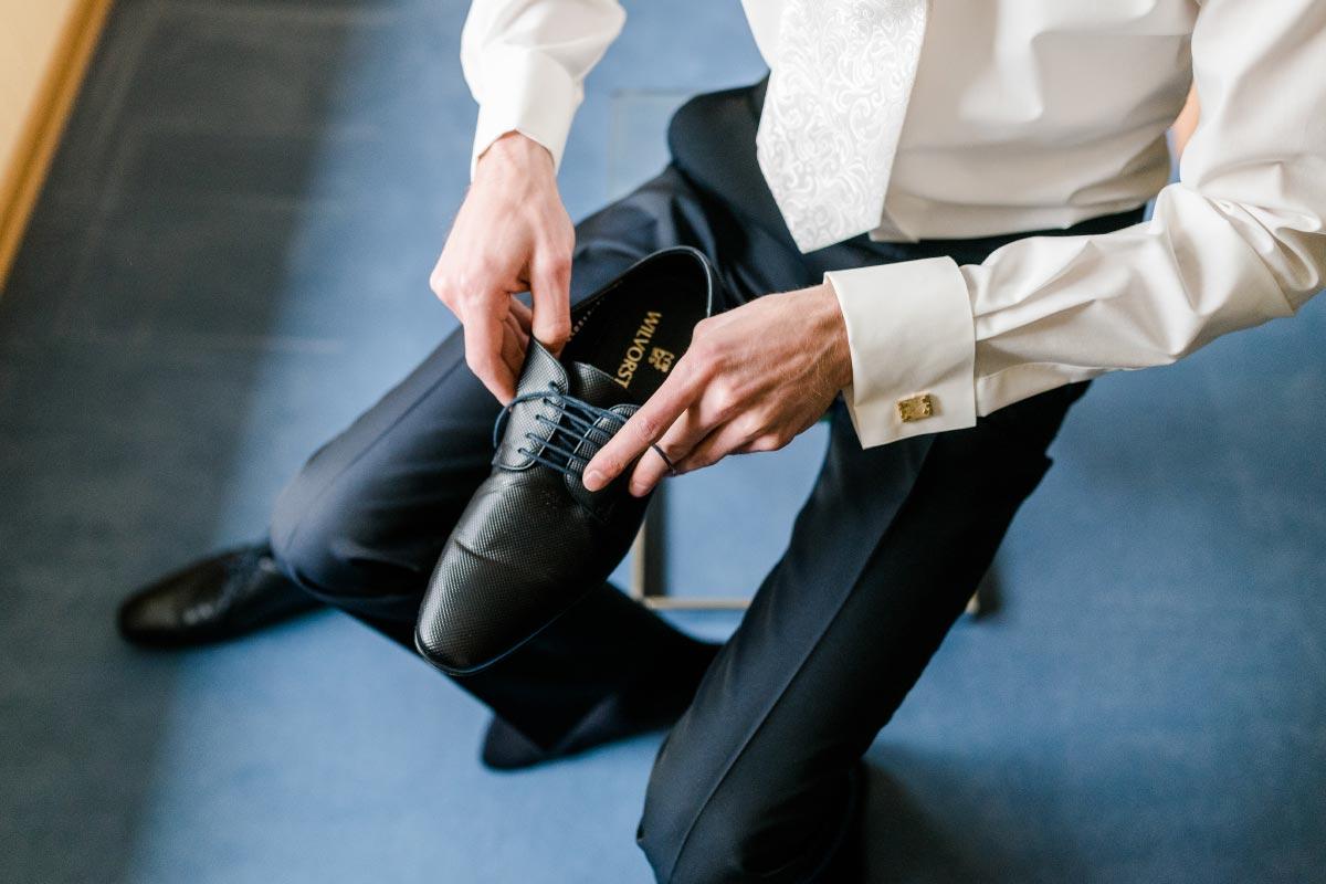 Schuhe für den Bräutigam von Wilvorst in klassisch und modern