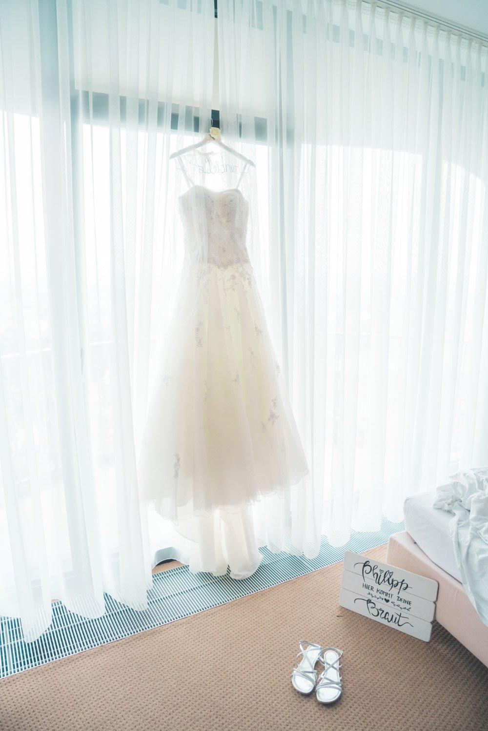 Das gebrauchte Brautkleid von Jenny – Vintage in Pastelltönen: Die Hochzeit von Jennifer & Philipp