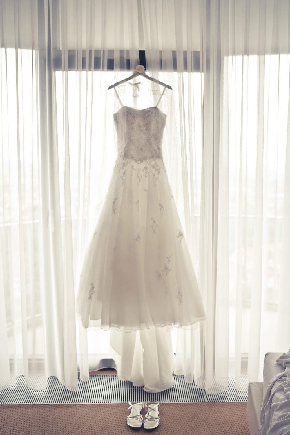 Gebrauchtes Brautkleid – Vintage in Pastelltönen: Die Hochzeit von Jennifer & Philipp