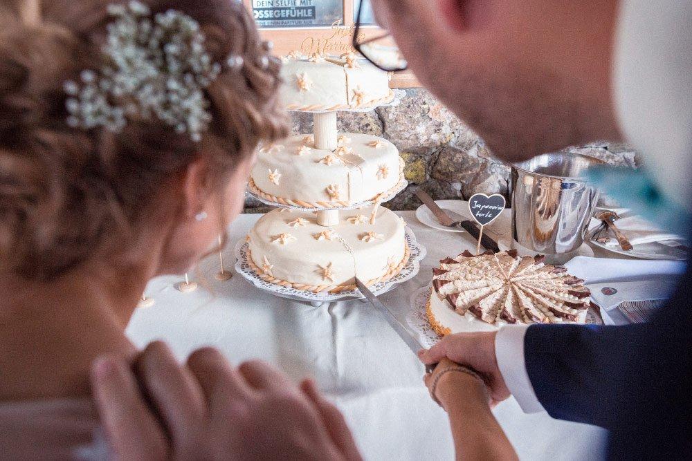 Eine-Hochzeit-fast-in-den-Wolken-auf-der-Edelweissalm-am-Obertauern-30