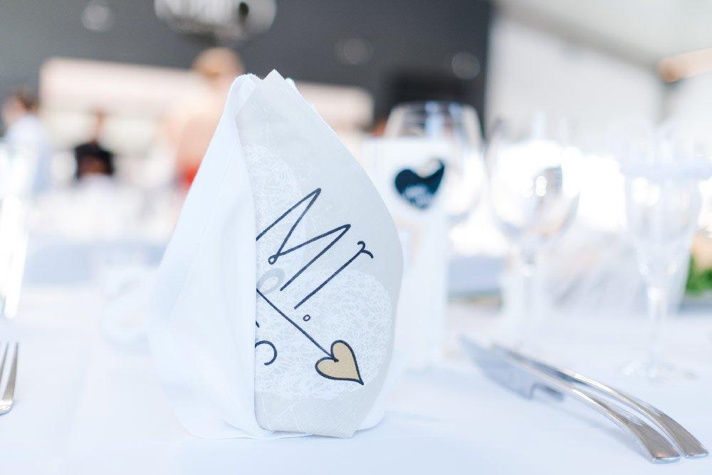Eine-Hochzeit-mit-Beach-Flair-und-BBQ-Grillbuffet-3