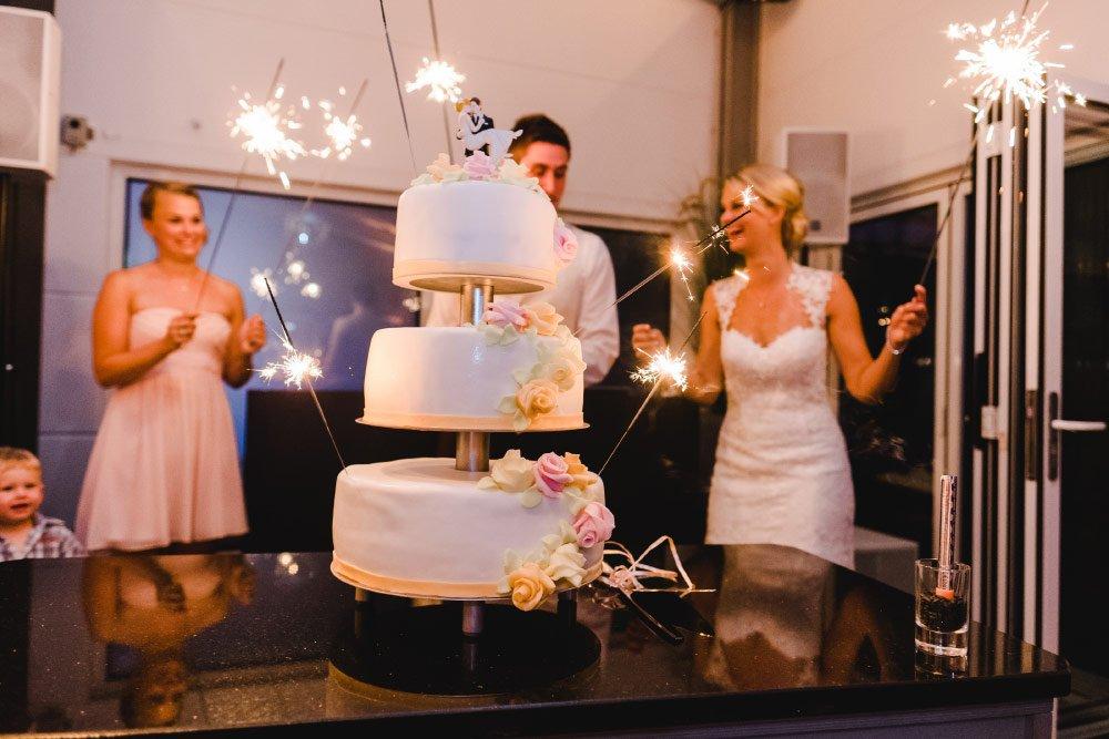 Eine-Hochzeit-mit-Beach-Flair-und-BBQ-Grillbuffet-40