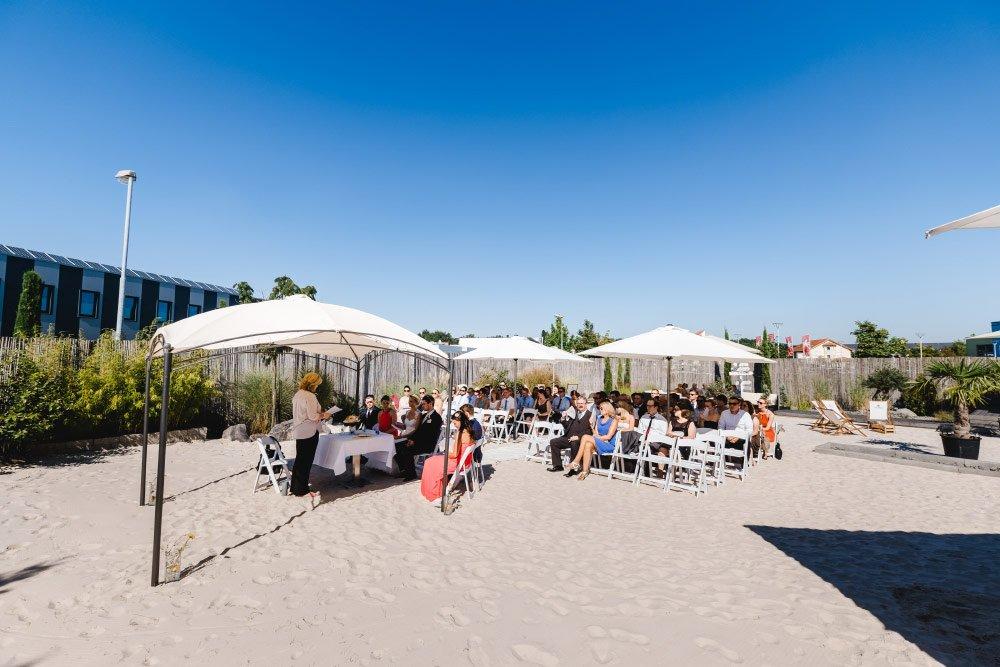 Eine-Hochzeit-mit-Beach-Flair-und-BBQ-Grillbuffet-9