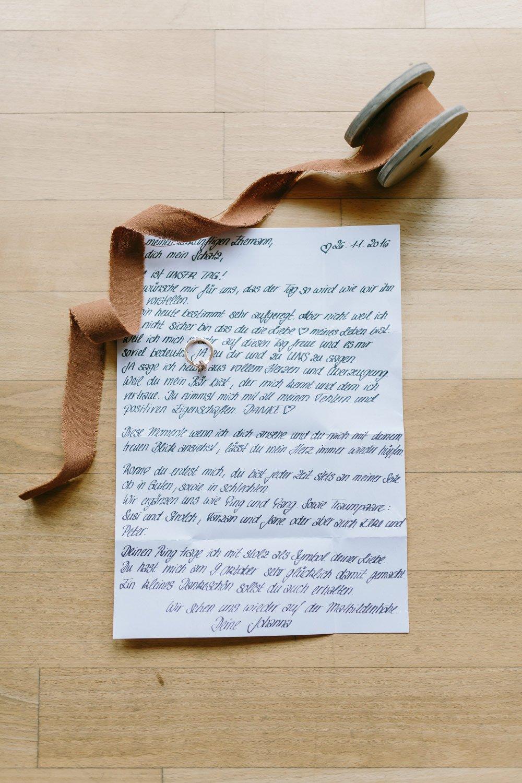 Die-Winter-Hochzeit-von-Johanna-und-Ronny-mit-Hochzeitsfotografin-Irene-Fiedler-12