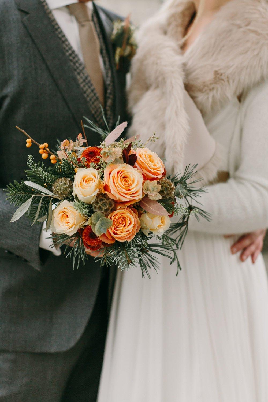 Die-Winter-Hochzeit-von-Johanna-und-Ronny-mit-Hochzeitsfotografin-Irene-Fiedler-26