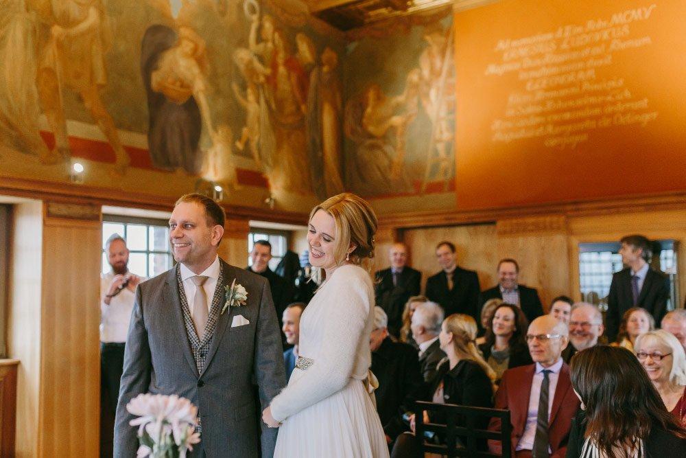 Die-Winter-Hochzeit-von-Johanna-und-Ronny-mit-Hochzeitsfotografin-Irene-Fiedler-33