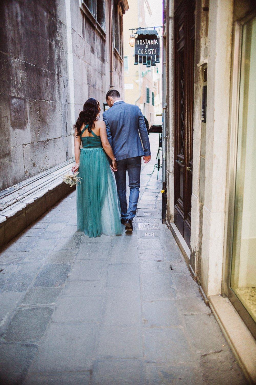 Das-Verlobungs-Fotoshooting-in-Venedig-von-Franziska-und-Janes-19